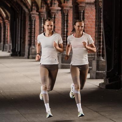 Anna und Lisa Hahner fotografiert von Mathias Pfuetzner