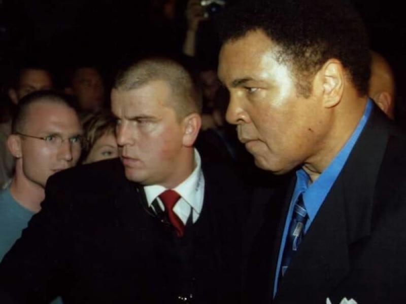 Michael Stahl als Bodyguard von Muhammed Ali